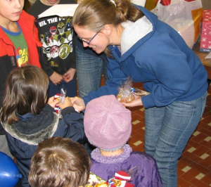 adományozás a Cseppkő gyermekotthonban